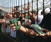 People trapped at the closed Rafah crossing